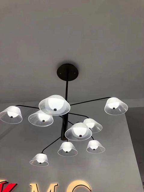 led艺形圆饼餐吊灯